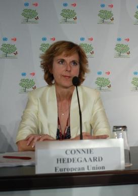 EUs klimakommisær Connie Hedegaard vil stramme inn EUs kvotemarked, men møter motstand fra blant annet Polen (Foto: Erik Martiniussen).